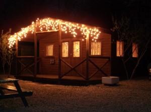 cabin night lit 480